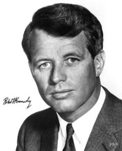 https://lmathieu.files.wordpress.com/2006/12/robert2520kennedy.jpg?w=241